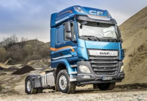 DAF offers hydraulic front-wheel drive at the touch of a button