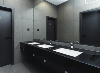 Background TIRCENTRUM - washroom