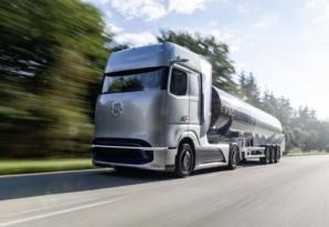 梅赛德斯·奔驰氢气拖拉机可以在2年内横穿道路